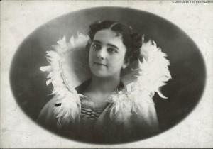 Gertrude Grayson (Albright) Holmes