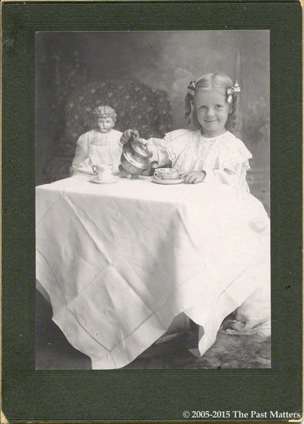 Dana Margaret Williams smiling, 2 Aug 1901